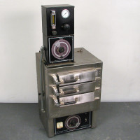 Blue M Thermal Test Chamber/Oven, WSP-112-668 Ovens & Furnaces
